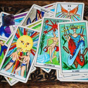 El horóscopo y el tarot: ¿Ofrecen predicciones acertadas?