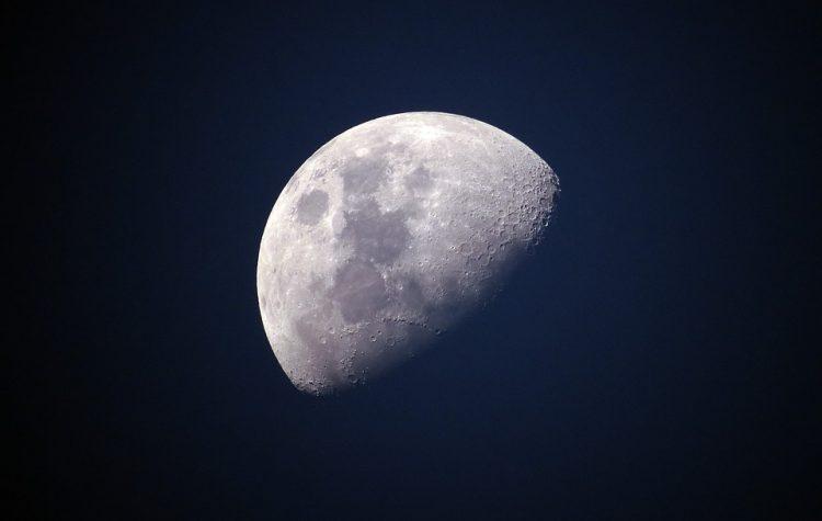 luna en los signos del zodíaco
